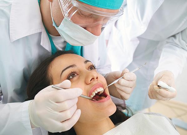 Не рекомендуется посещать стоматолога после Ботокса