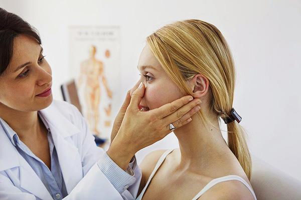 Ошибки, допущенные при первичном обследовании лица пациента, могут привести к дефектам мимики после ботулинотерапии