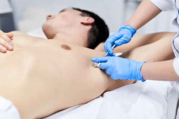 Лечение гипергидроза с помощью препаратов ботулотоксина